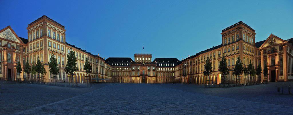 Universität Mannheim, 26 mars 2015 : Der Wirtschaftsliberalismus im kontinentaleuropäischen Recht